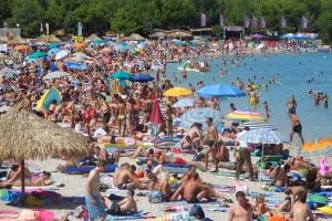 Beliebter Strand Zrće - Insel Pag