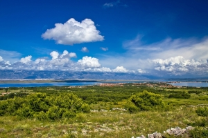 Panorama der Insel Vir