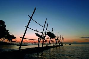 Hängende Boote in Savudrija