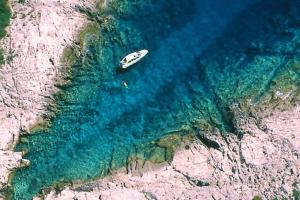 Cres - Küstendetail