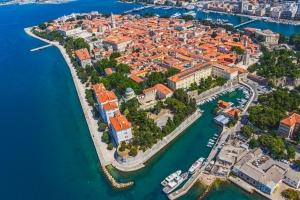 Luftbild der Altstadt von Zadar