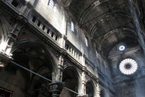 Innenraum der  St. Jakob Kathedrale in Sibenik (UNESCO)
