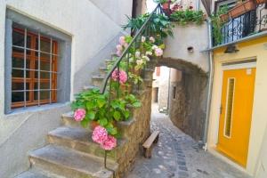Baska - Altstadtgasse