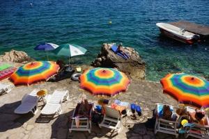 Beach Poli Mora