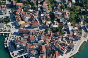 Pirovac - Altstadt