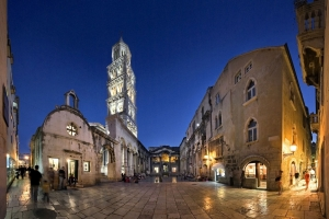 Peristyle - Diocletian's Palacei (Split)