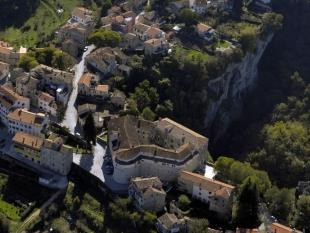 Paziner Grotte und Lehrpfad