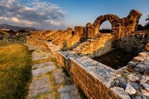Ruinen des römischen Amphitheaters in Solin