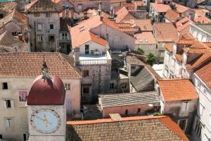 Stadtloggia und der Uhrturm H. Sebastian