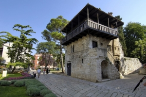 The Romanesque house in Porec