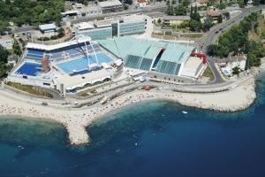 Strand und Schwimmbäder - Kantrida