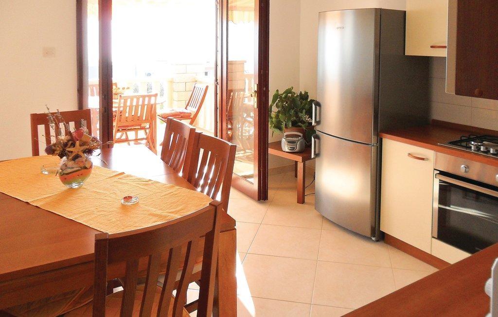 ferienwohnung mihsuf 3354 1 su uraj. Black Bedroom Furniture Sets. Home Design Ideas