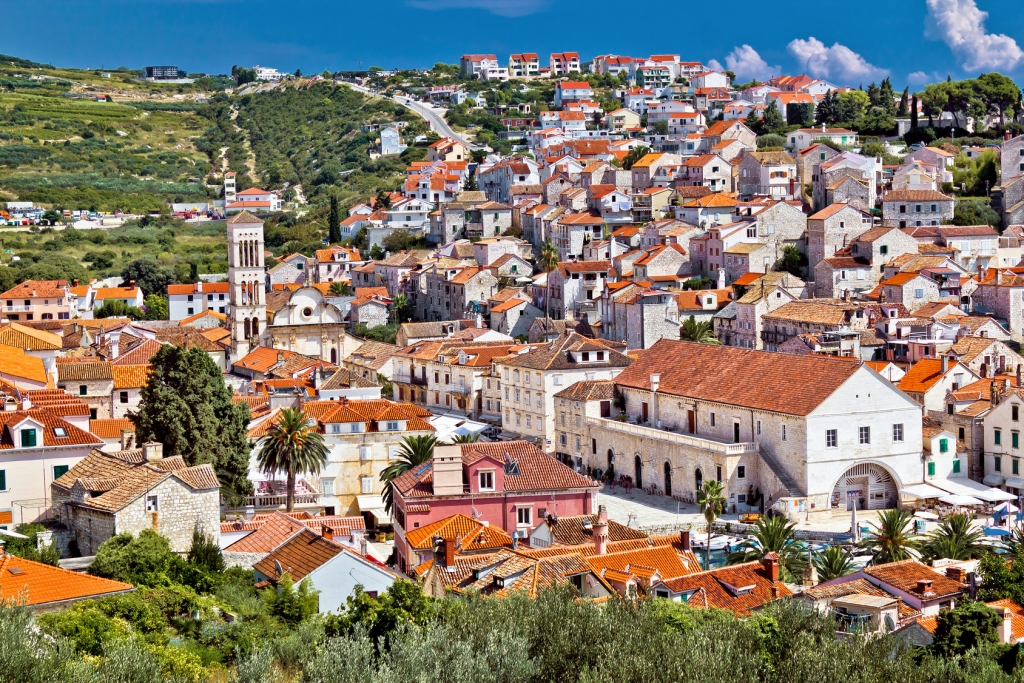 Hvar town central dalmatia travel guide for Hvar tourismus